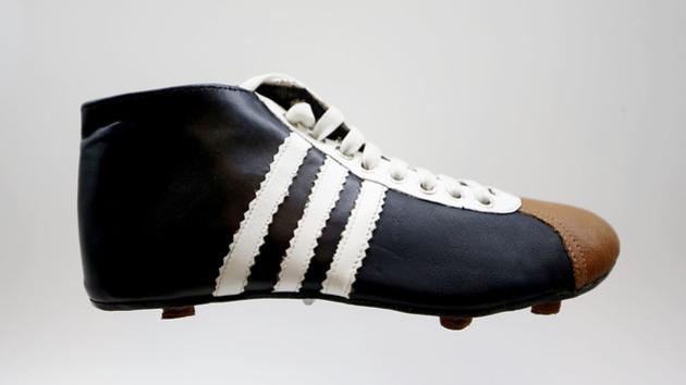 01a96b1343cc3 Así han evolucionado las botas de fútbol a través de los años